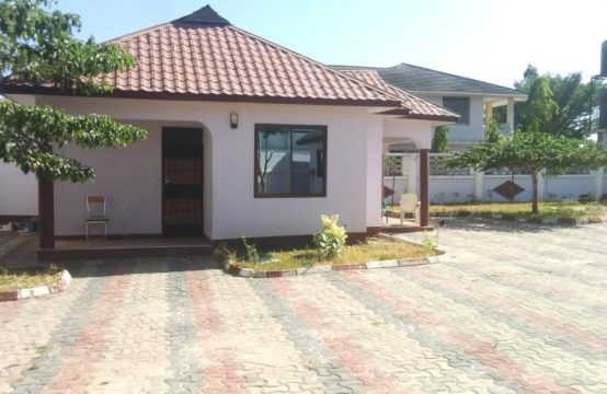 2 Bedrooms House for Rent,Bunju Beach Moga